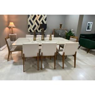 Sala de Jantar com Mesa e Oito Cadeiras Completa 56