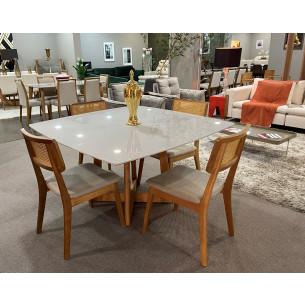 Sala de Jantar com Mesa e Quatro Cadeiras Completa 47